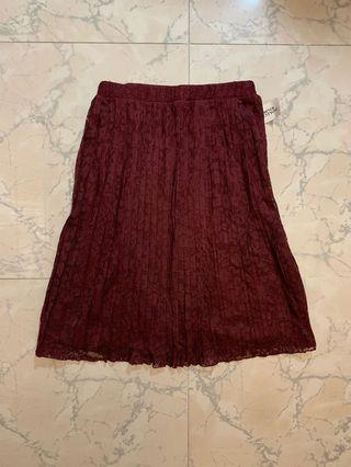 Forever21 lace pleated skirt 酒紅色喱士百褶裙