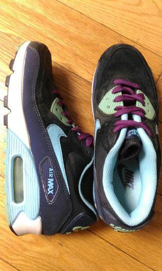 🚚 NIKE AIR MAX 運動鞋 22.5