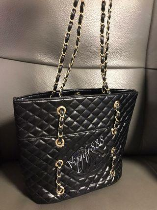Chanel Vip Gift Chain Shoulder Bag
