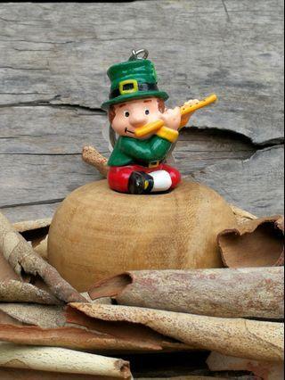 ☘️🇮🇪🍀KIDDIEFUN™ IRISH SOUVENIRS LEPRECHAUN LUCKY CHARM KEYRING