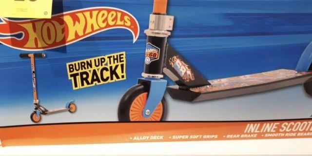 Hot Wheels In-line Scooter