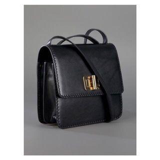 🚚 CHLOÉ Louise Bag Black $3000