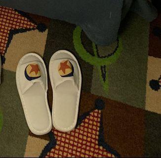 包平郵 上海Toy story酒店 Pixar 兒童拖鞋