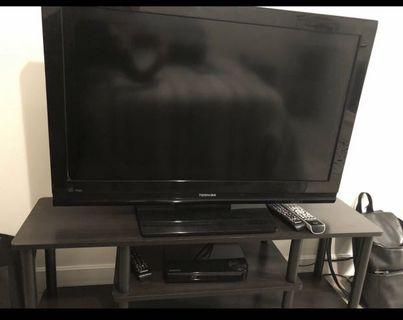 Toshiba Smart TV with TV stand and blueray player