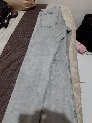 Celana H&M abu strech