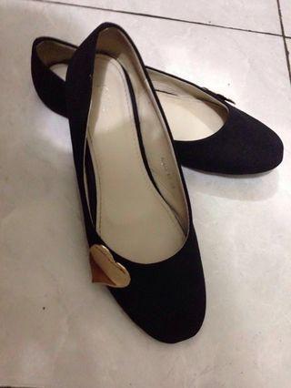 Preloved Flatshoes IcoNinety 9