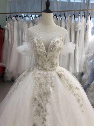 2019 simple and elegant fancy heavy lace Wedding gown