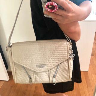 Kipling messenger shoulder bag
