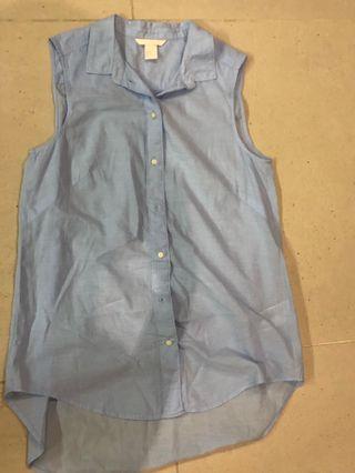 H&M blue button down collar shirt