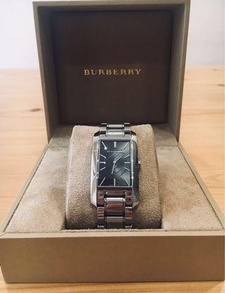 🚚 Burberry精品對錶