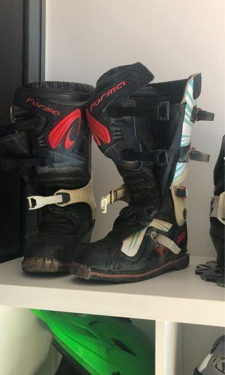 Forma MX boots