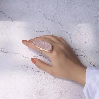 🚚 BNWT Shells Finger Adjustable Ring