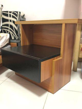 Foldable Bedside table
