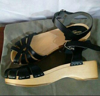 REPRICED Swedish Hasbeens Cross Strap Clogs