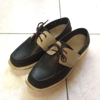 PONIC & Co. 防水輕便鞋 美國加州環保防水洞洞綁帶帆船鞋