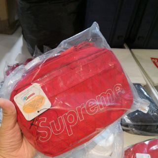 (instock 5left) Fw18 Supreme shoulder bag
