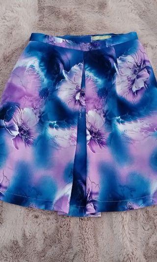 Purple flowers skirt