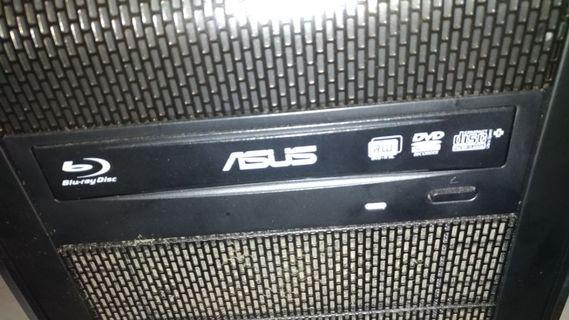 Blue-Ray read/write drive, 3 years old, in good working condition