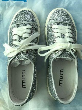 全新意大利品牌ITTUTTI閃石鞋