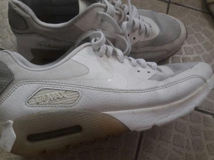 🚚 Nike air max 24