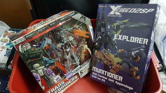 Transformers Universe Bruticus combiner with Fansproject add on