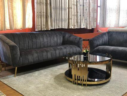 Stunning affordable plush sofa and coffee table World Class design only