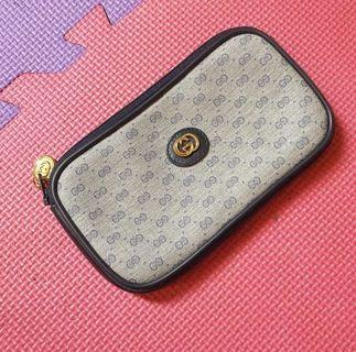 100% authentic Gucci pouch