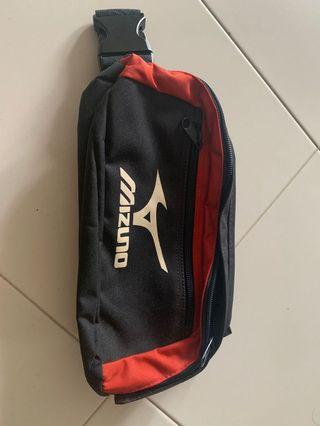 Mizuno exercise pack/ fanny pack.