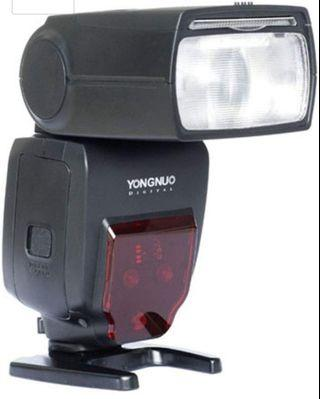 (A105) YONGNUO YN685 GN60 2.4G System ETTL HSS Wireless Flash Speedlite with Radio Slave for Canon