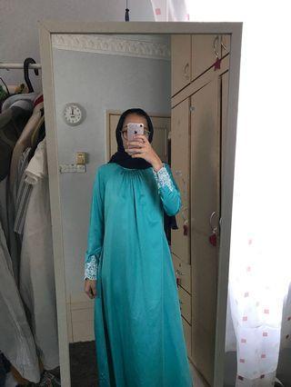 Lace jubah