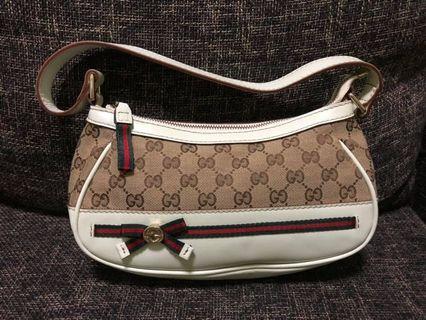 Gucci GG Canvass Mayfair Semi Shoulder bag
