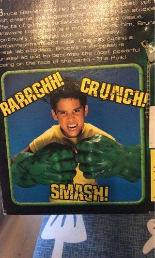 綠巨人 HULK HANDS 拳套 軟膠 會發聲 小朋友玩具 全身保存良好 少見