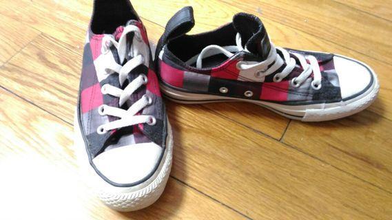 🚚 Converse 格紋帆布鞋 22.5