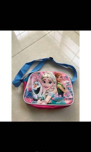 Preloved tas slempang anak frozen