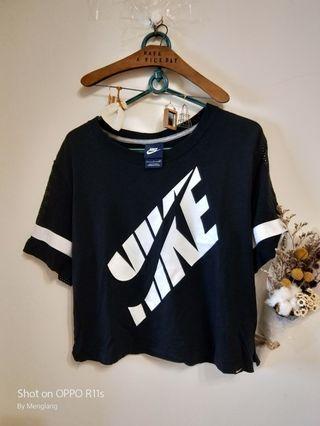 🚚 正品Nike袖子排汗設計 短t