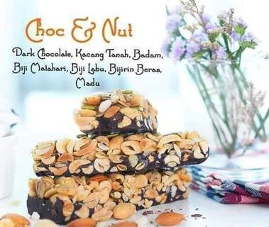 Choc Nut Chocotainer