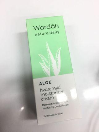 Wardah Aloe Hydrating Moisturizer Cream