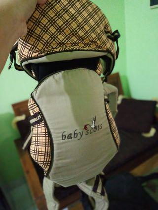 Gendongan bayi baby scout like new