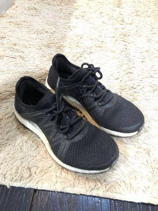 adidas pure boost sneaker 100% authentic