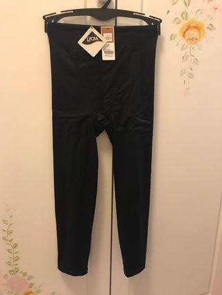 100%New 台灣莎娜美Satami 長管束褲 提臀修大腿小腿 (Size: S)