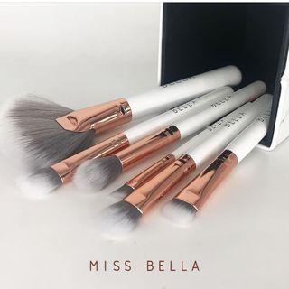 8pc. Miss Bella Makeup Brush Set + Angled Sponge
