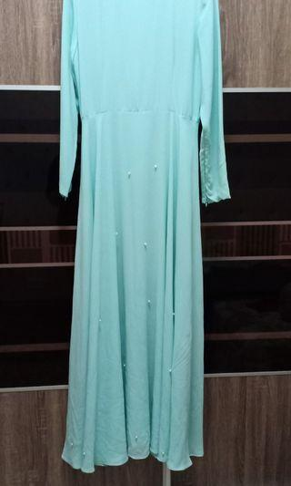 Jubah Dresses