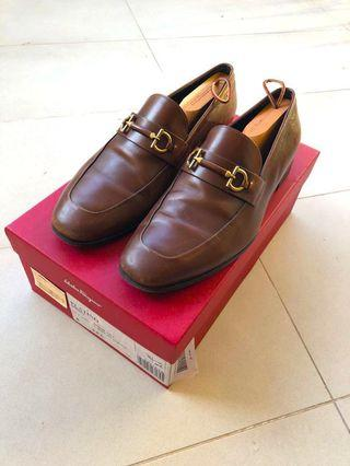 Authentic Salvatore Ferragamo Auburn Calf Platino Loafers