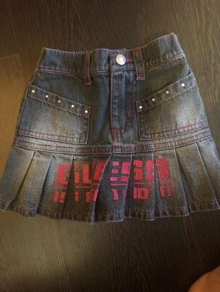🚚 Authentic Guess Denim Skirt