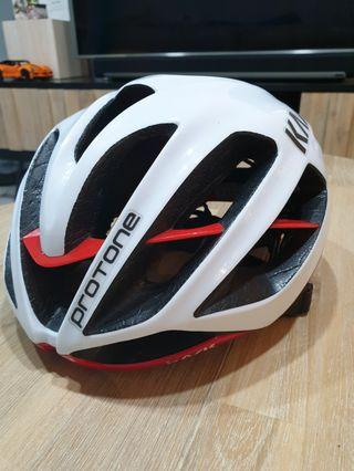 Kask Protone 2.0 White/Red
