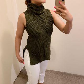 Knit turtle neck