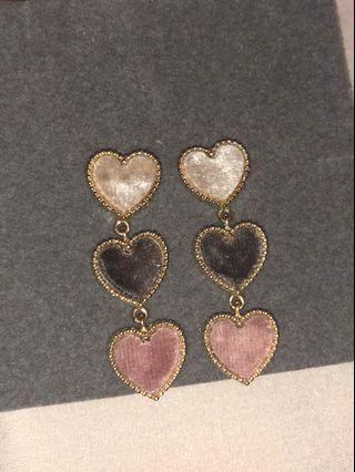Chuu Trio Heart Drop Earrings