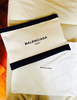 Balenciaga Clutch 👍🏻 正貨任驗! 100% 全新 。有塵袋有單