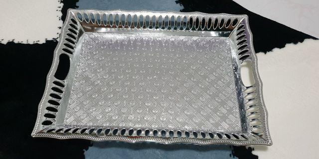 Trays (Silver /Gold)