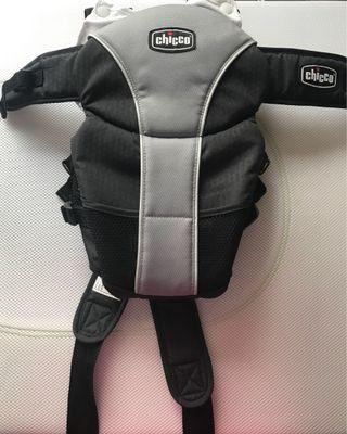 Chicco carrier 揹帶